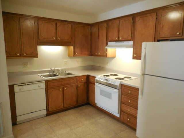 Rental Homes for Rent, ListingId:35967915, location: 1891 Waters Edge Dr. Clarksville 37043