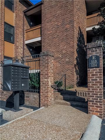 Rental Homes for Rent, ListingId:35652329, location: 121 Hillsboro Nashville 37215