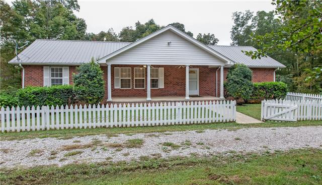 7148 Old Natchez Trce, Santa Fe, TN 38482