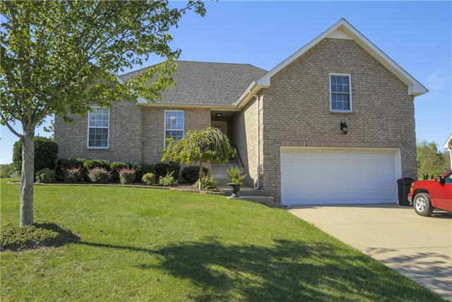 4034 Summit Dr, Greenbrier, TN 37073