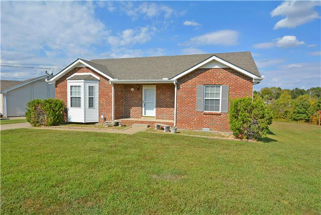 1317 Jared Ray Dr, Clarksville, TN 37042