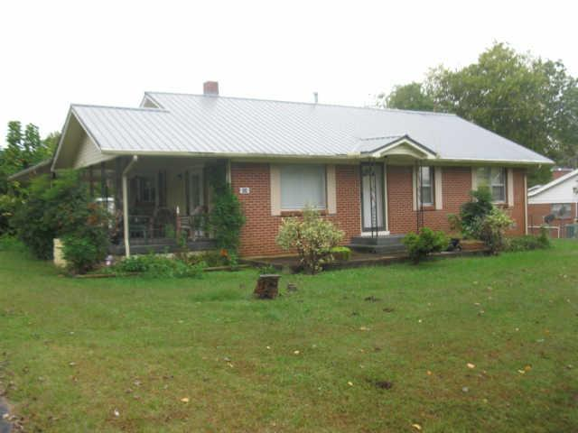 624 W Main St, Hohenwald, TN 38462