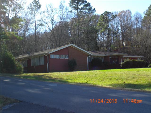 602 W Main St, Waverly, TN 37185