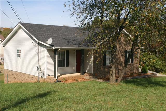 2644 Elkmont Dr, Clarksville, TN 37040