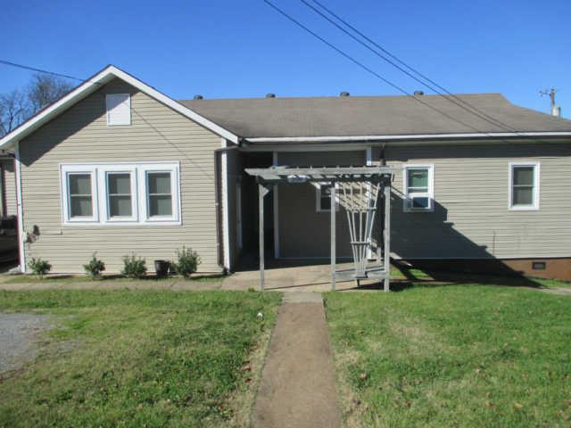 Rental Homes for Rent, ListingId:35967909, location: 206 Oak St. Studio Apartment Clarksville 37042