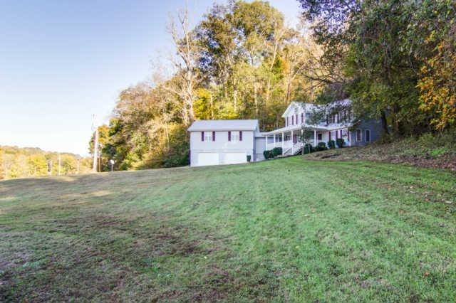 3232 Leatherwood Rd, Williamsport, TN 38487