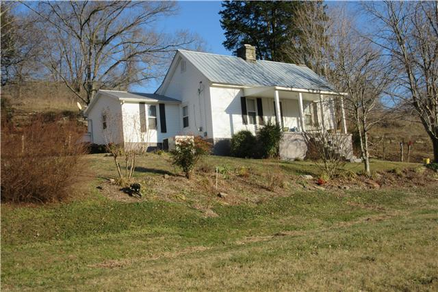371 Davis Hollow Rd, Liberty, TN 37095