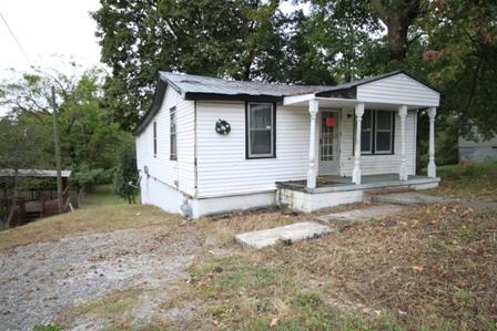 1613 Clay St, Springfield, TN 37172