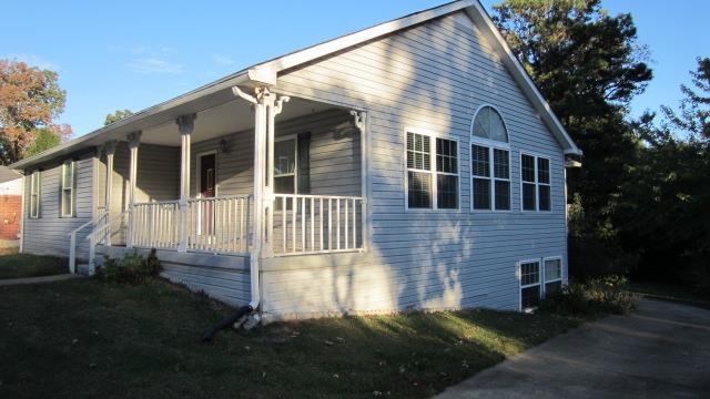 229 Sunset Dr, New Johnsonville, TN 37134
