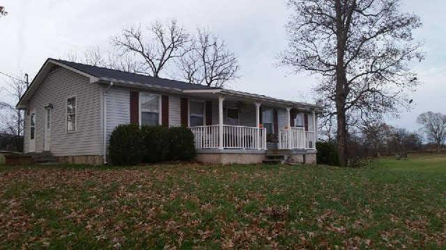 4004 Woodard Rd, Springfield, TN 37172