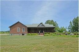 235 Log Cabin Ln, Mcminnville, TN 37110