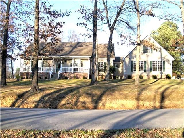 3101 Darnell Rd, Woodlawn, TN 37191