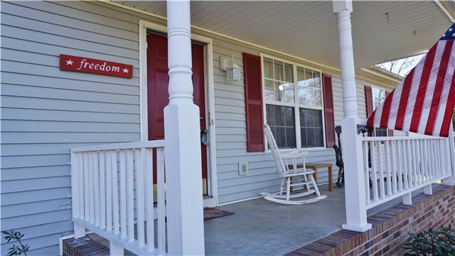 2154 Happy Hills Acre Rd, Woodlawn, TN 37191
