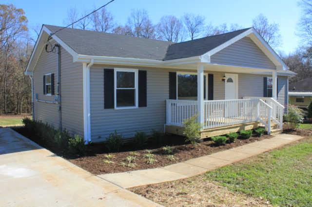 2467 Whitfield Rd, Clarksville, TN 37040
