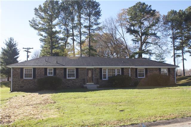 318 Ridgeland Dr, Clarksville, TN 37043