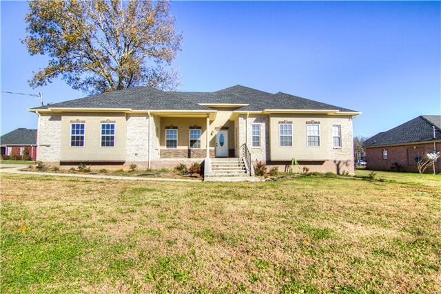 219 Sunnyside Dr, Chapel Hill, TN 37034