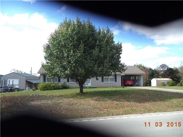 202 N Main St, Erin, TN 37061