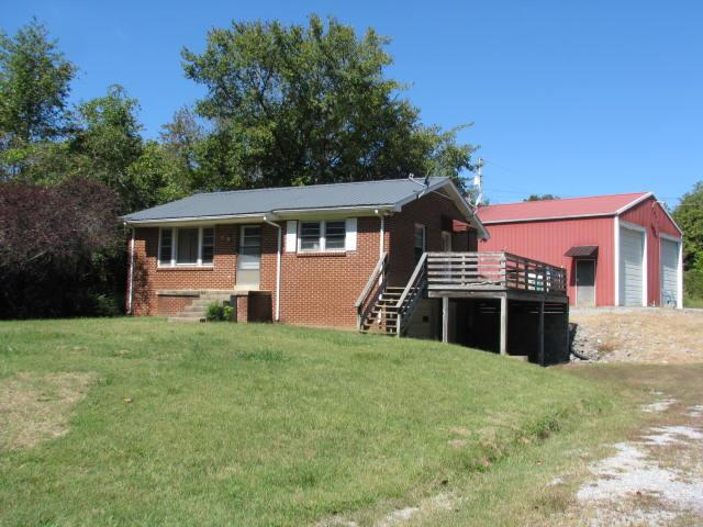 1531 Craun Hollow Rd, White Bluff, TN 37187