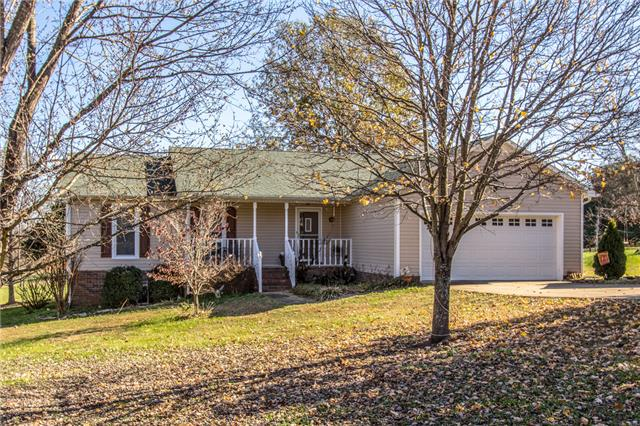 105 Kensington Pl, Columbia, TN 38401