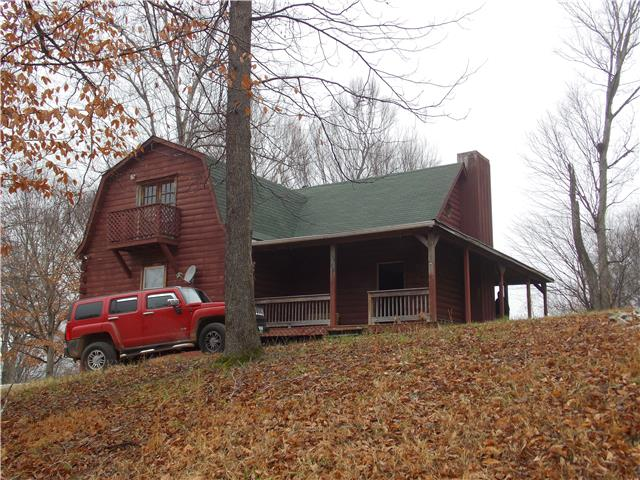 373 Hill Top Rd, Lobelville, TN 37097