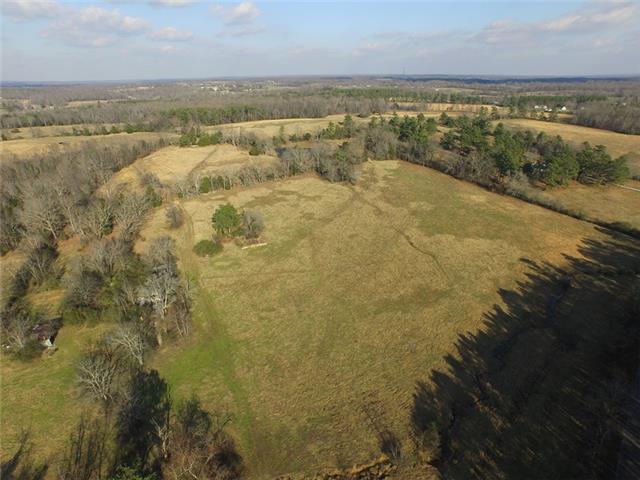 Real Estate for Sale, ListingId: 36594570, McEwen,TN37101