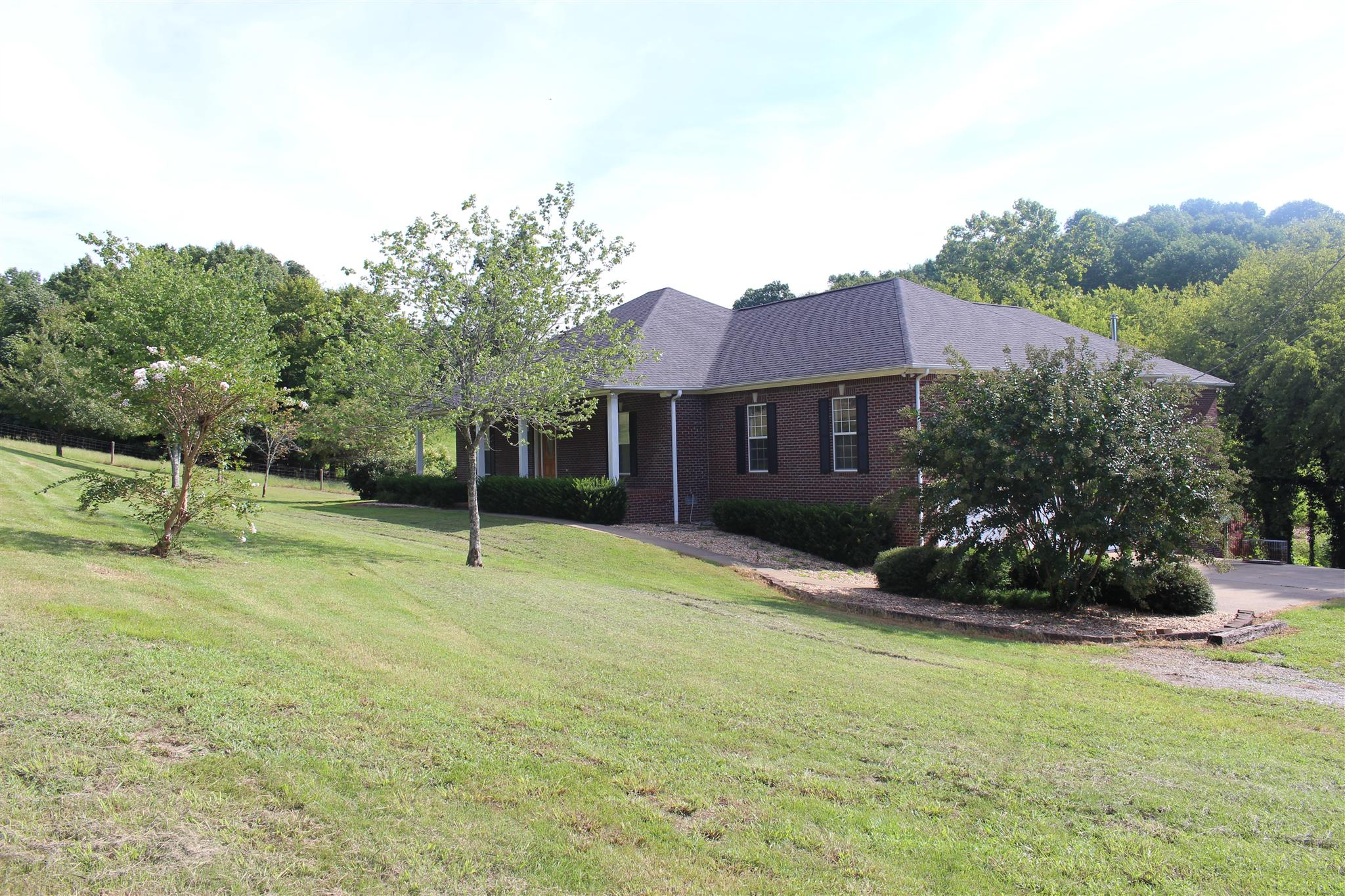 1750 Bear Creek Rd, Culleoka, TN 38451