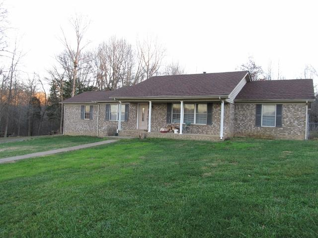 3843 Old Blooming Grove Rd, Woodlawn, TN 37191