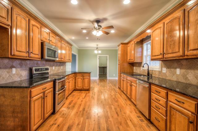 Real Estate for Sale, ListingId: 36727950, Murfreesboro,TN37128