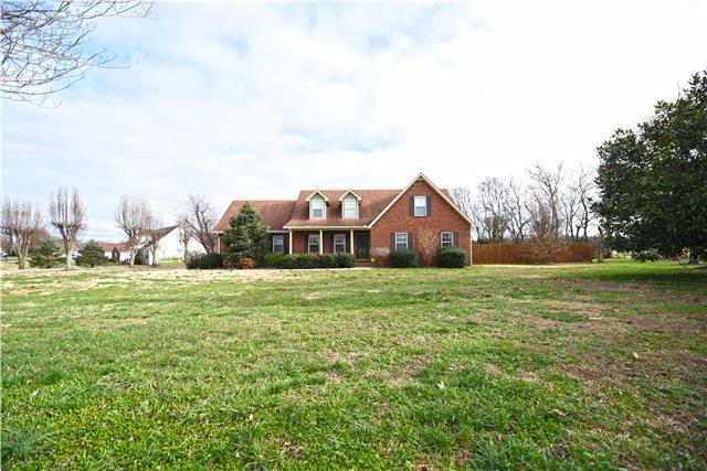 102 Loxley Ln, Murfreesboro, TN 37127
