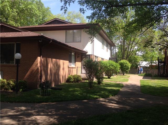Rental Homes for Rent, ListingId:36814308, location: 250 DONNA DRIVE UNIT 6A Hendersonville 37075