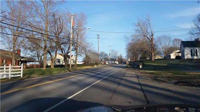 813 5th Ave E, Springfield, TN 37172