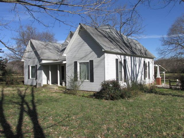 200 College St, Normandy, TN 37360