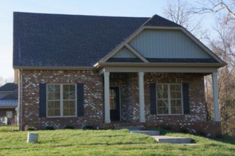 214 Turnberry Cir, Clarksville, TN 37043