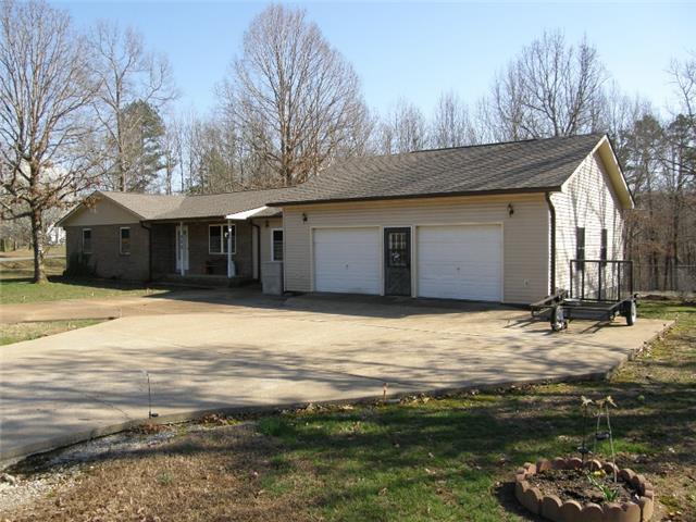 172 Indian Creek Rd, Hohenwald, TN 38462