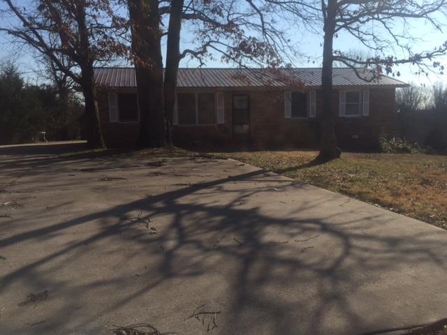3309 Lylewood Rd, Woodlawn, TN 37191