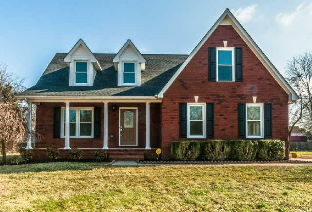 2206 General Raines Dr, Murfreesboro, TN 37129