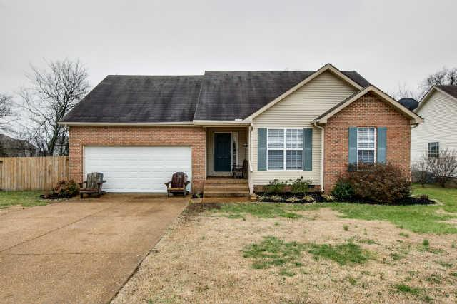 3017 Candlelite Dr, Spring Hill, TN 37174