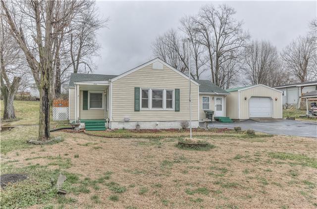 606 Hayes St, Springfield, TN 37172