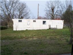 103 S Cedar St, Cross Plains, TN 37049