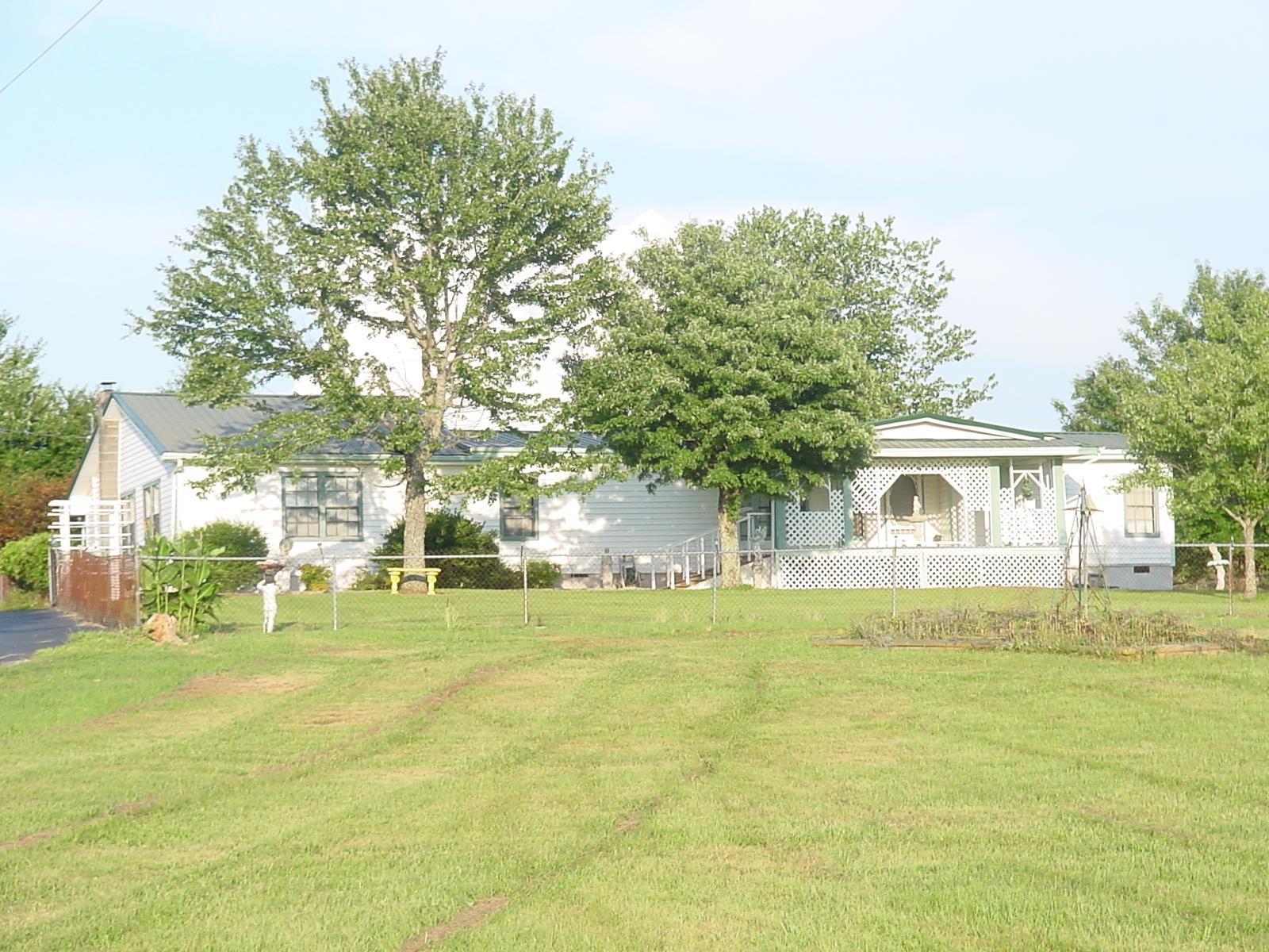 11660 Smithville Hwy, Smithville, TN 37166