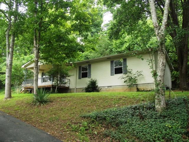334 Wartrace Hwy, Pleasant Shade, TN 37145