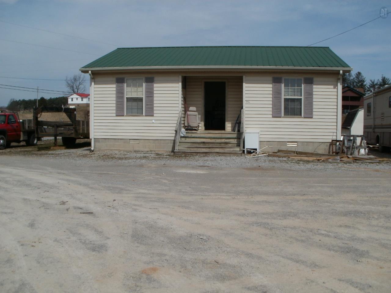 4810 W Green Hill Rd, McMinnville, TN 37110