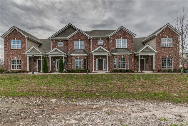 320 Rowlette Cir, Murfreesboro, TN 37127