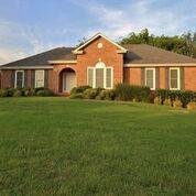 2601 Hedgerow Ln, Clarksville, TN 37043