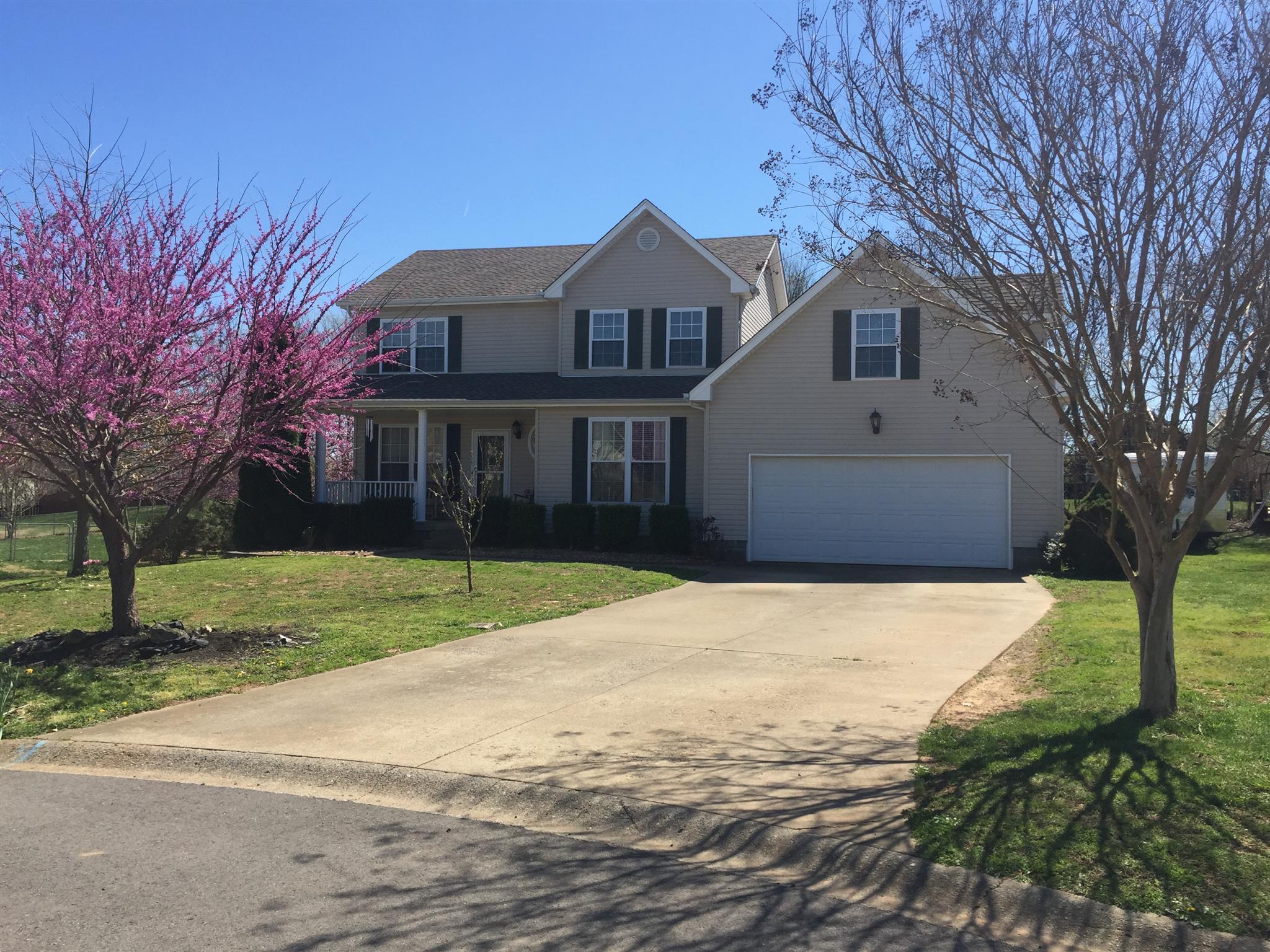 592 Westchester Ct, Clarksville, TN 37043