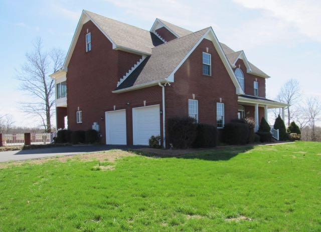 408 Witcher Hollow Rd, Red Boiling Springs, TN 37150