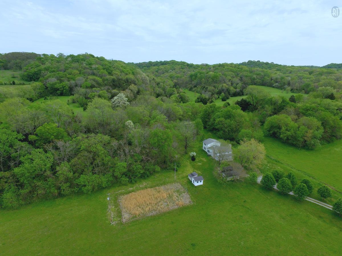 3137 Martin Hollow Rd, Culleoka, TN 38451