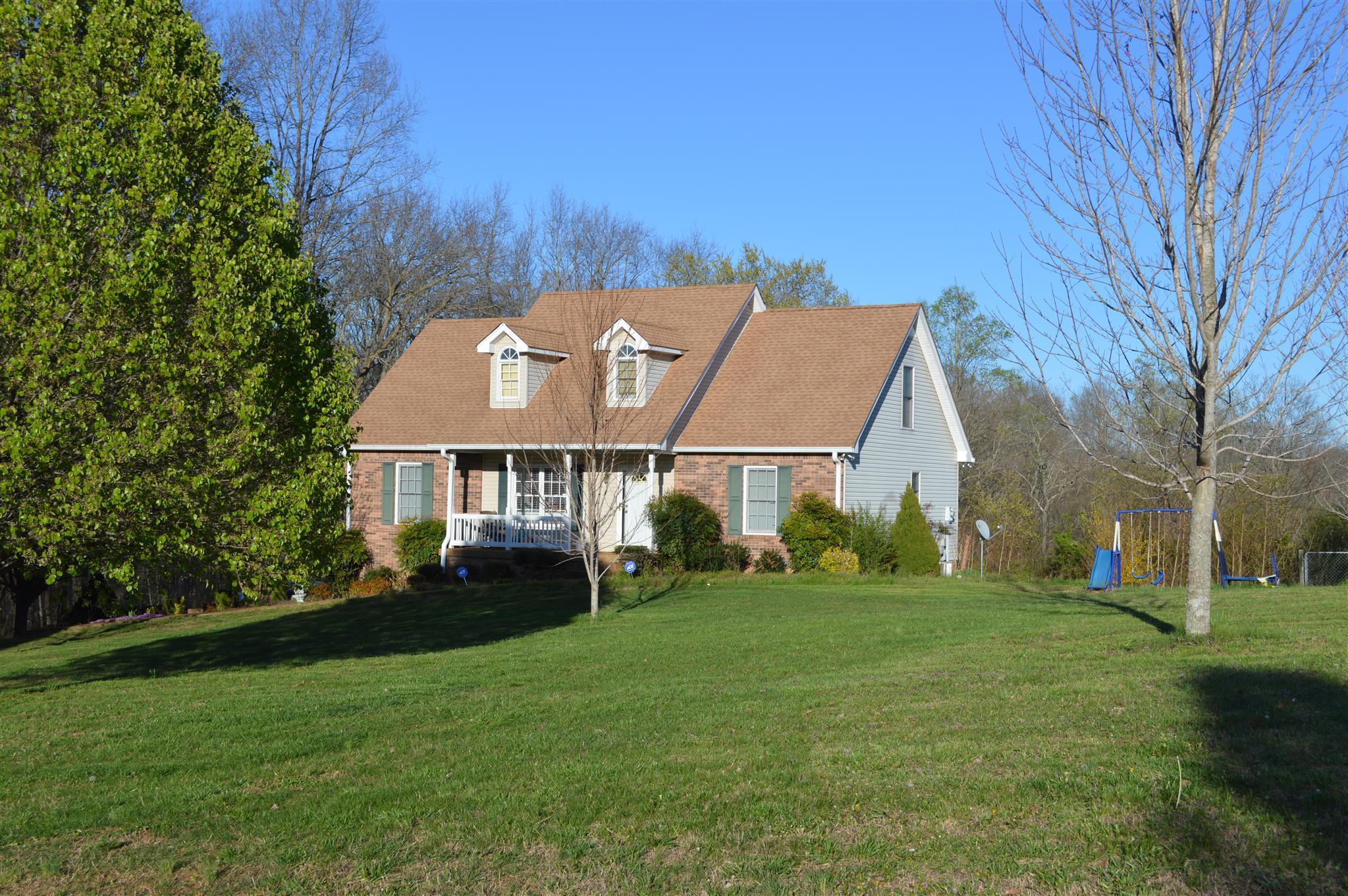 1585 Errel Dowlen Rd, Pleasant View, TN 37146