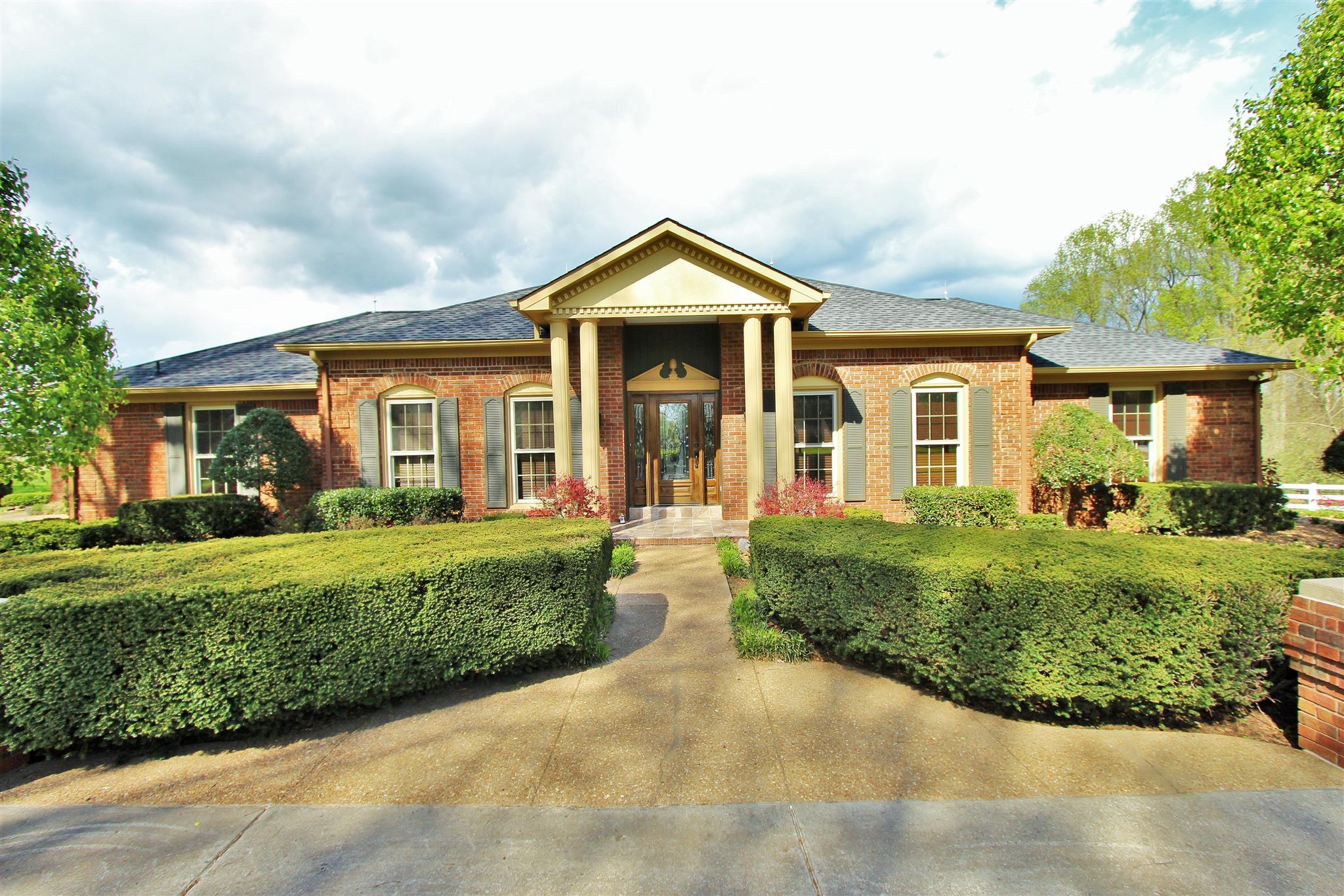 4517 Jernigan Rd, Cross Plains, TN 37049