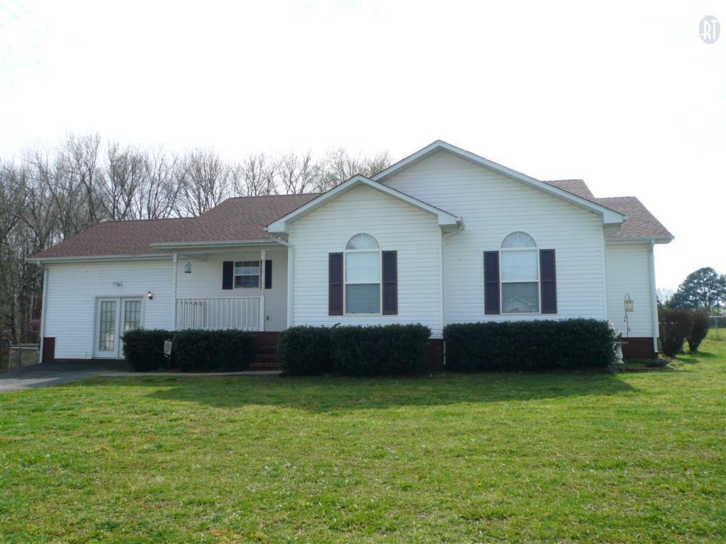 134 Dorey Ave, Mc Minnville, TN 37110